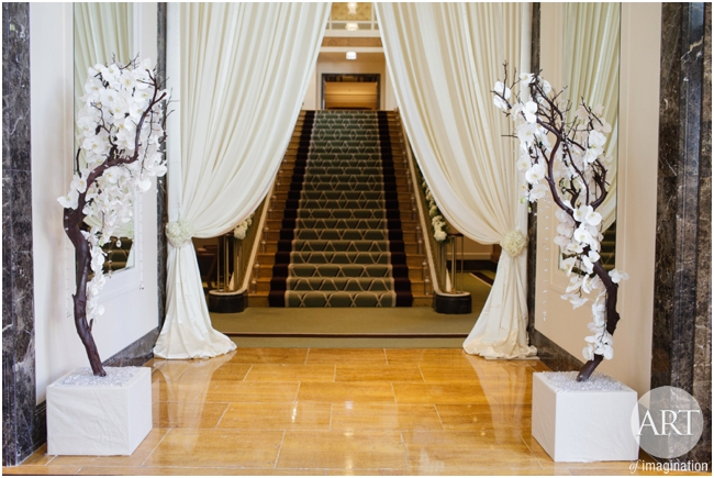Traditional-Wedding-Ceremony-Decor-Chicago_0097