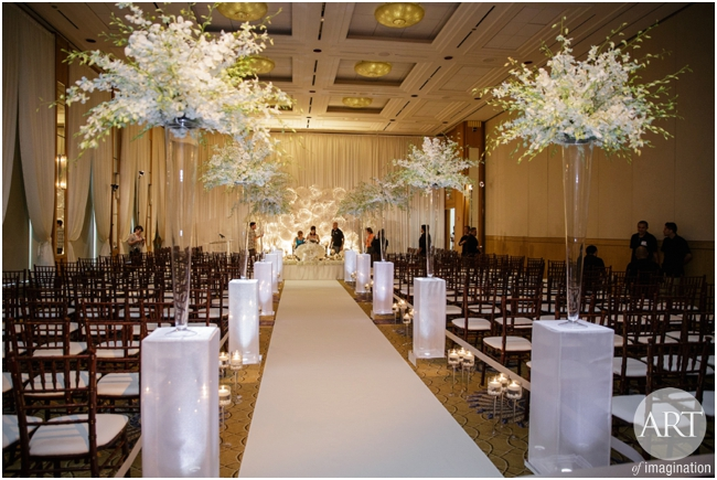 Traditional-Wedding-Ceremony-Decor-Chicago_0101