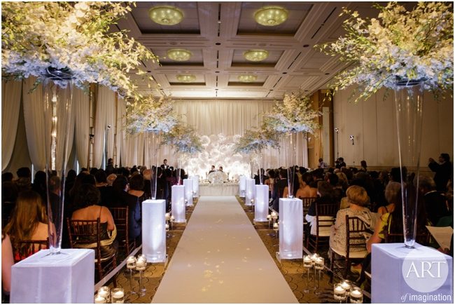 Traditional-Wedding-Ceremony-Decor-Chicago_0106