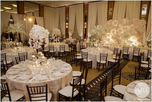 Traditional-Wedding-Ceremony-Decor-Chicago_0115