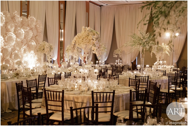 Traditional-Wedding-Ceremony-Decor-Chicago_0117
