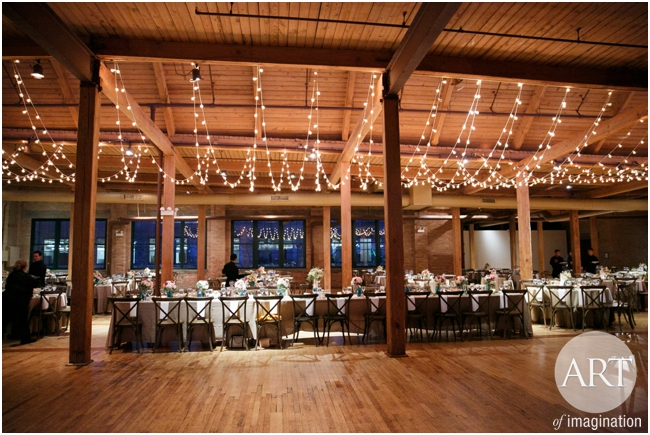 Bridgeport-Art-Center-Chicago-Wedding-Decor-Lighting-GlobeLights-magical_0178