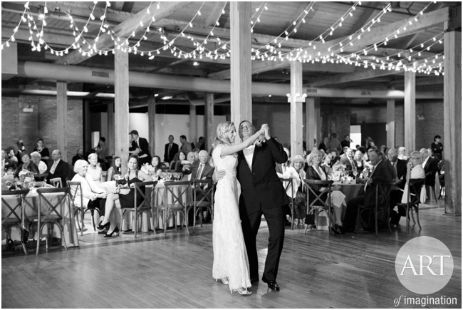 Bridgeport-Art-Center-Chicago-Wedding-Decor-Lighting-GlobeLights-magical_0182
